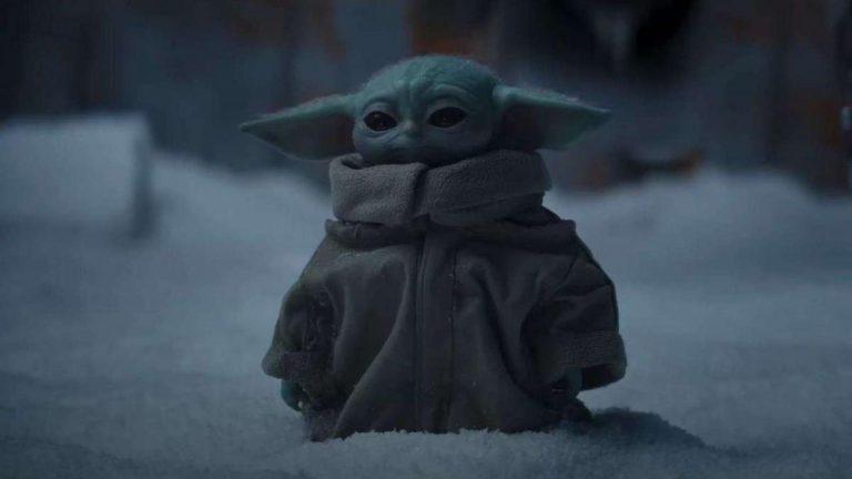 Bébé Yoda dans la neige