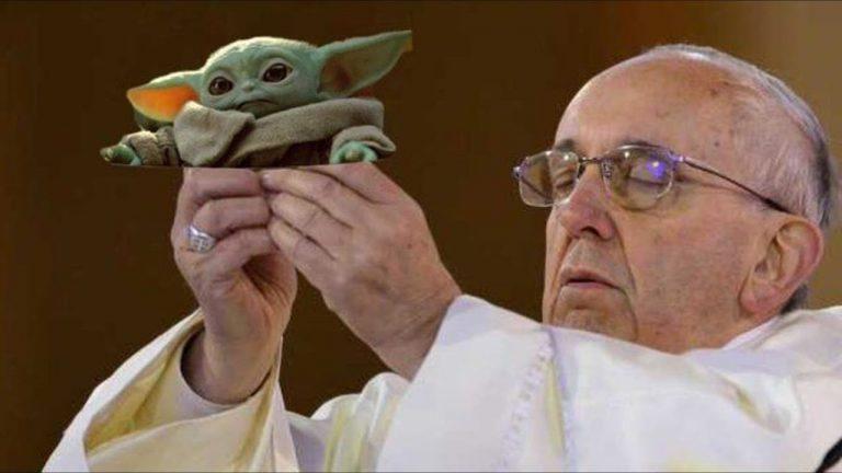 Le Pape et Bébé Yoda meme
